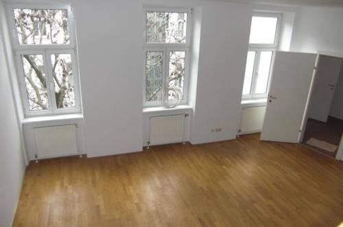 Ruhige 4 Zimmer Terrassenwohnung in der Liechtensteinstraße Nähe Palais Liechtenstein