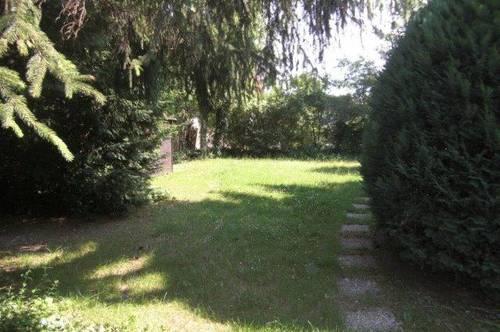 Garten-Maisonette im Doppelhaus mit Garagenplatz im Haus