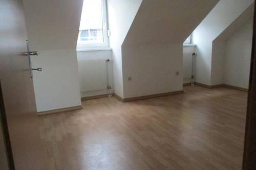 Zentrale 2-Zimmer-Dachgeschosswohnung in Gratkorn nahe Graz !
