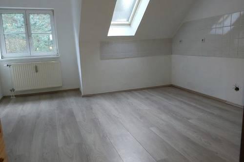Renovierte 2-Zimmer-Dachgeschoßwohnung in Thörl nahe Kapfenberg !