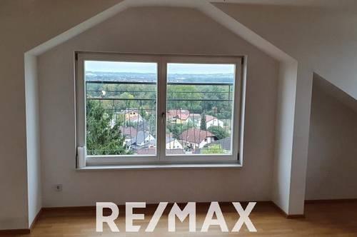Wohnung in Stadtvilla mit toller Aussicht zu mieten!