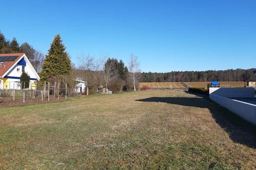 Sonniges Grundstück in Ortslage