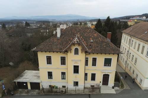 Wohneinheit im OG einer Villa