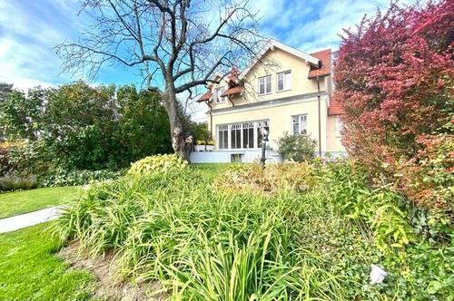 Generalsanierte Altvilla mit herrlichem Garten, Saunahaus, Ruhelage