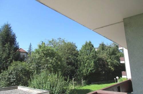Kleinwohnung mit neuer Einbauküche und großer Loggia im Zentrum von Leonding!