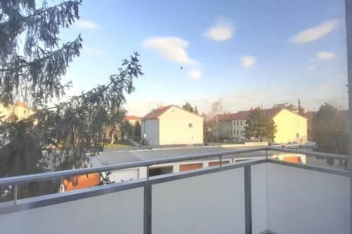 Startwohnung mit hellem Balkon