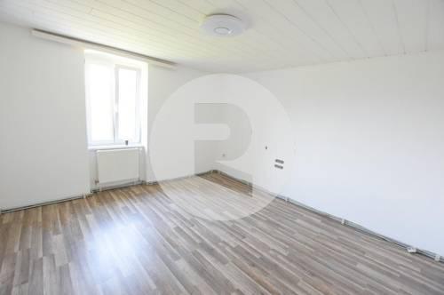 8652 Kindberg: Geräumige 2-Zimmer-Wohnung in sehr schönem Altbau!