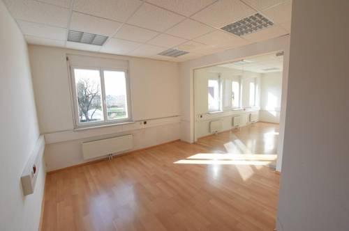 8071 Hausmannstätten: Individuelles, lichtdurchflutetes Büro