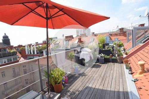 8010 Graz: Charmante Galeriewohnung mit Terrasse! Zentrale Lage!