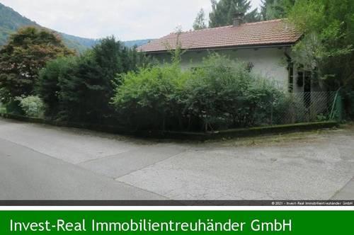 Kleines Wohnhaus mit 1.561m² Grund