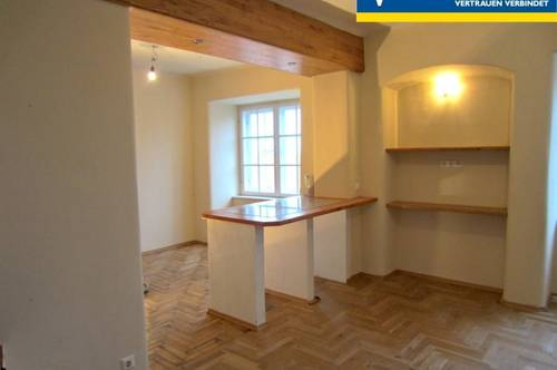 Historischer Charme - Doppelhaushälfte mit zwei Wohneinheiten