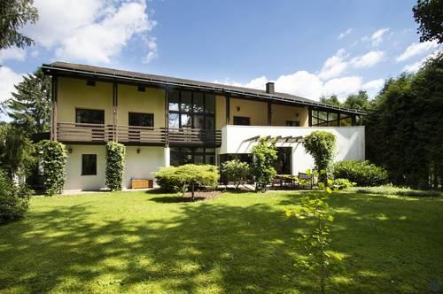 Imposante Architektenvilla im Wienerwald