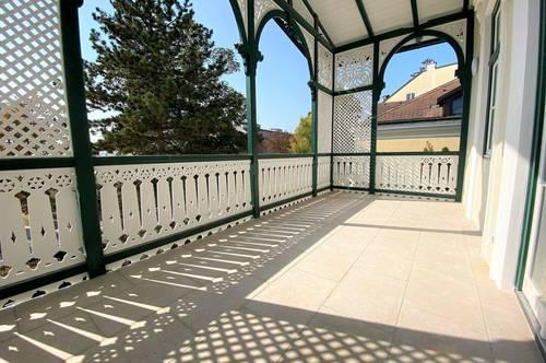 Wohntraum: Revitalisierte Altbauwohnung + 4-Zimmer + perfekte Raumaufteilung + gemütliche Veranda + Altbau-Villa!