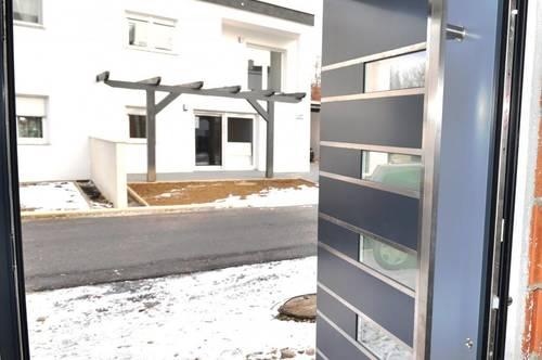 GENIAL! TOP WOHNEINHEIT! Lichtdurchflutete 80 m² + Garten + Terrasse! Inkl. Carport + Keller! NICHT ZÖGERN!