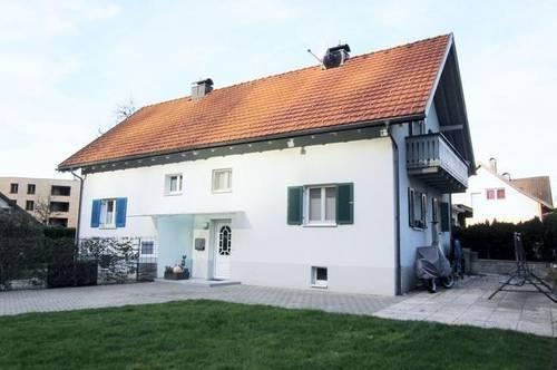 Schöne Doppelhaushälfte in ruhiger Lage mit großem Garten in Götzis!