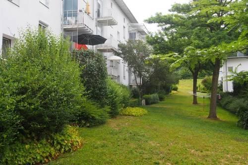 Familien-Wohnung im Grüngürtel von Linz mit perfekter Infrastruktur - günstiger Preis - großzügige Essveranda! Provisionsfrei!