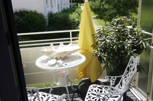 Wohnen am grünen Stadtrand mit ausgezeichneter Infrastruktur - schöne 2-Zimmer-Wohnung mit Balkon - provisionsfrei!