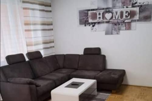 Leben und wohnen auf höchstem Niveau! Traumhafte 3-Raum-Wohnung mit idealer Raumaufteilung und großer Loggia! Provisionsfrei