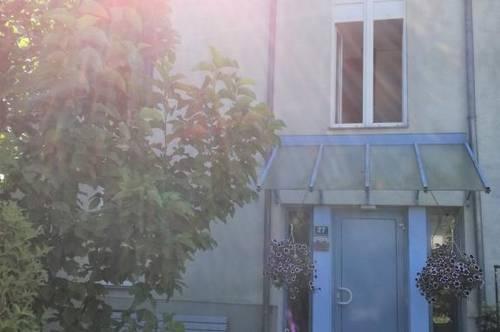 Umwerfender 3-Zimmer Wohn(t)raum verspricht ein erholsames Wohnerlebnis in grüner und ruhiger Stadtrandlage! Leistbare Konditionen! Provisionsfrei!