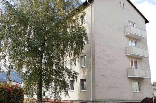 Erleben Sie ein einzigartiges Wohngefühl! Erstklassige 3-Raum Wohnung mit Balkon in idyllischer und dennoch zentraler Top-Lage! Provisionsfrei!