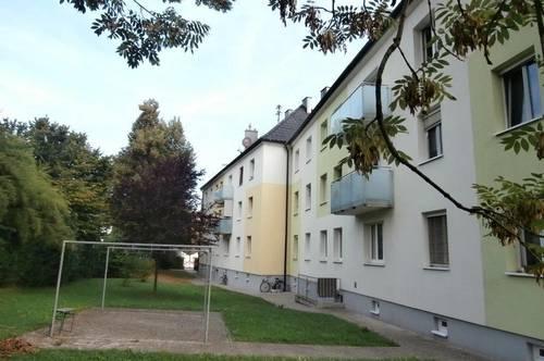 Leistbare 2-Raum-Wohnung in naturnaher Ruhelage umgeben von optimaler Infrastruktur! Lassen Sie Ihre Wohn(t)räume Wirklichkeit werden!