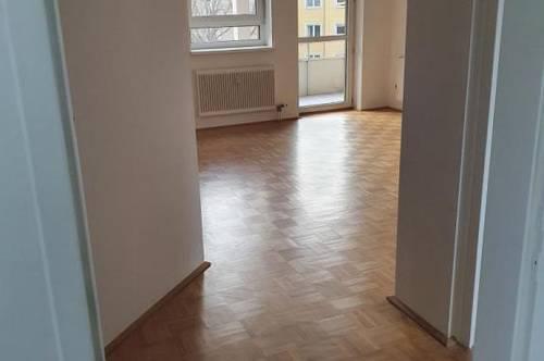 3-Zimmer-Wohntraum für Schnellentschlossene in wunderschöner Grünlage! Moderne Wohnung in ruhiger Siedlung! Provisionsfrei!