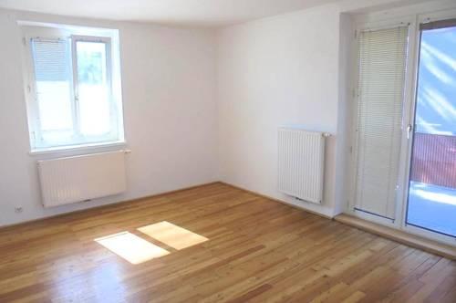 Wohnen mit hohem Erholungswert! Ansprechende 3-Raum Wohnung mit Balkon in ruhiger Lage nahe dem Ortskern! Top Preis-Leistungs-Verhältnis! Prov.-frei!