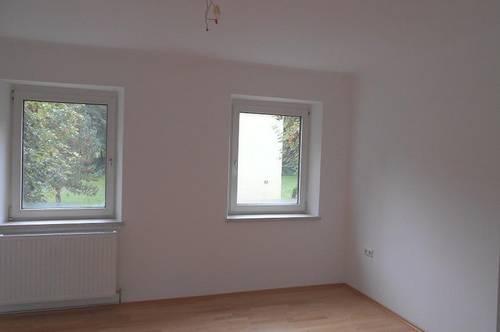 Heimkommen und wohlfühlen! Bezaubernde 3-Raum Wohnung in naturnaher Lage! Garantiert einzigartige Wohnatmosphäre! Provisionsfrei!