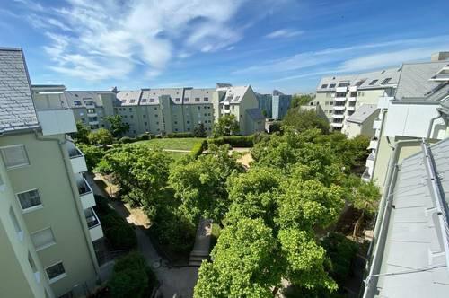 Wohnen für Anspruchsvolle mit beeindruckendem Ausblick vom eigenen Balkon im Stadtteil Bindermichl/Oed! Dachgeschoss-Loft-Wohnung! Prov. frei!