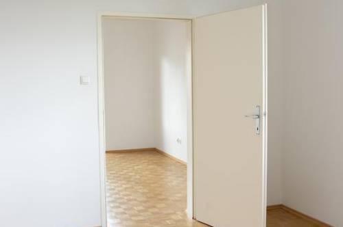 Einladende 3-Raum Wohnung mit schöner Loggia! Einzigartige Wohnatmosphäre - optimale Infrastruktur - viele Freizeitmöglichkeiten! Provisionsfrei!