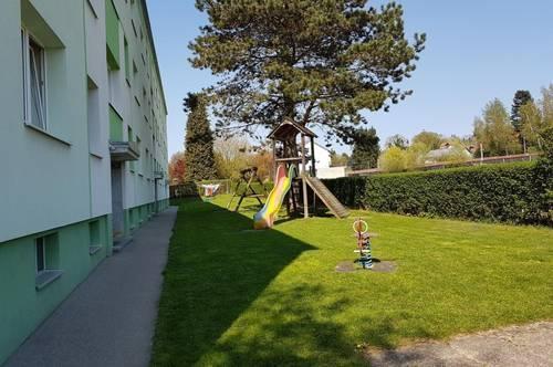 Familienwohn(t)raum mit 2 Kinderzimmern und schöner Loggia in ländlicher Ruhelage mit bester Infrastruktur! Provisionsfrei!