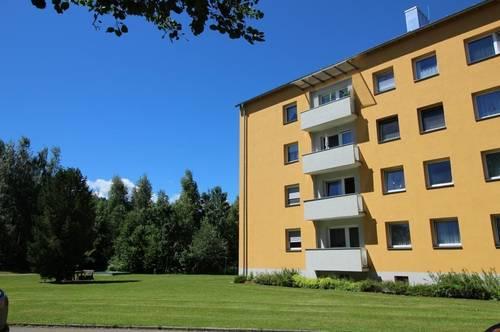 Sonnige Zweizimmerwohnung mit Balkon in ruhiger Grünlage - provisionsfrei!