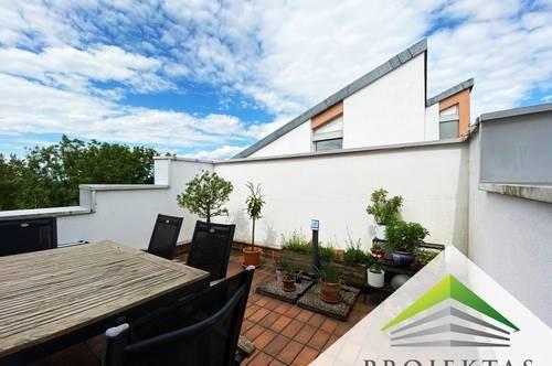 Großzügige DG-Wohnung mit Balkon und Terrasse in Ruhelage