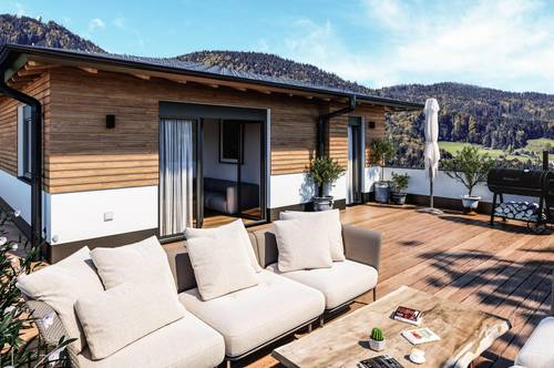 MONDSEE: Charmantes Penthouse mit Sonnenterrasse