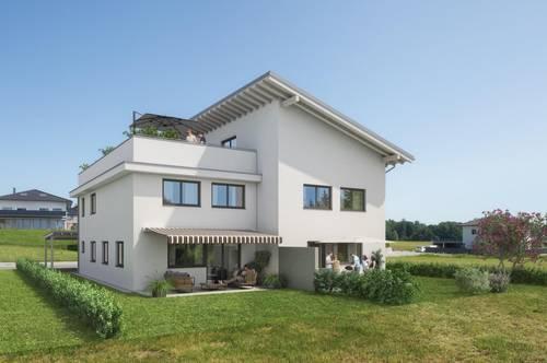FERNBLICK: 4-Zimmer-Maisonette mit großer Dachterrasse und DG-Studio