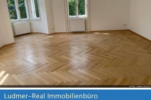 Unbefristete und neu renovierte, großzügige 73m Wohnung - Herbeckstrasse