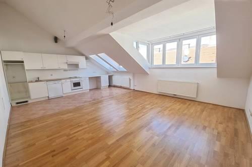 Dachgeschoß Wohnung 2 Zimmer Nähe Taborstraße U2