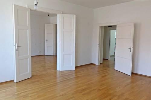 großzügige 3-Zimmer Altbau Wohnung mit Balkon im Margareten!