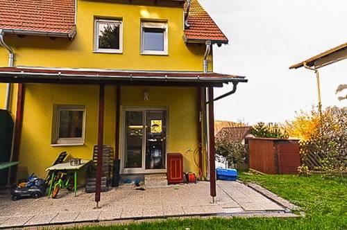Leben in Gablitz: Familiengerechte Doppelhaushälfte in Ruhelage