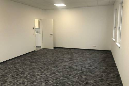 4 Büroräume, ca. 132,40m² mit Shared Spaces