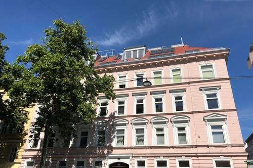 Alsergrund - 82m2 SANIERTE ALTBAU-Whg.+ 14m2 Innenhof-Balkon!