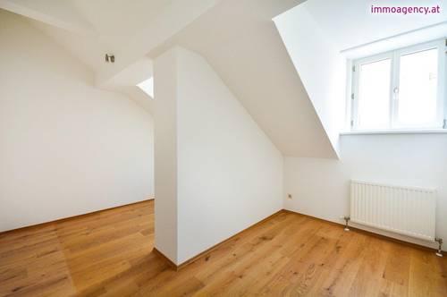 3 Zimmer Dachgeschoßwohnung mit großer Wohnküche
