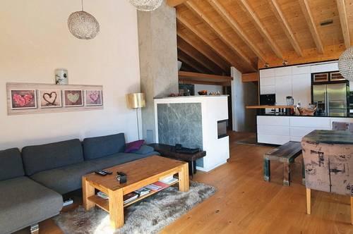 Schwoich bei Kufstein: Exklusive Maisonnette-Wohnung im Dachgeschoß mit Dachterrasse