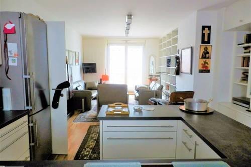 RESERVIERT - Neuwertige Balkonwohnung mit 3-4 Zimmern