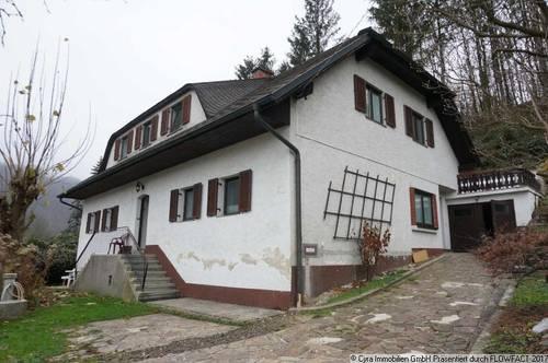 Wohnhaus mit Baugrund zu verkaufen