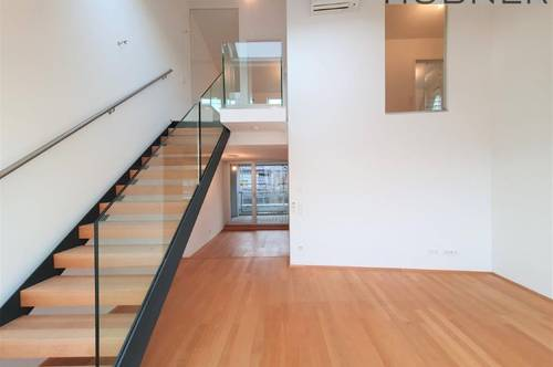 Exzellent ausgestattete DG-Wohnung mit Loggia - Klimaanlage - unbefristet