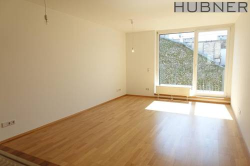 Schöne DACHGESCHOSS 3-Zimmer-Neubauwohnung mit Balkon