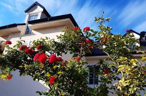 Wundervolles helles, saniertes Familienhaus mit Garten