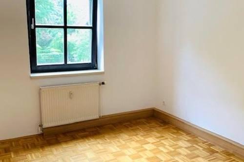 Nette 2 Zimmer Wohnung in der Nähe vom Schloss Eggenberg zu vermieten!