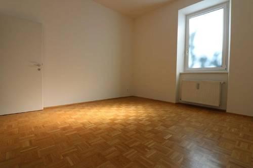 Schöne 2-Zimmer Wohnung in sehr zentraler Lage! Provisionsfrei!!